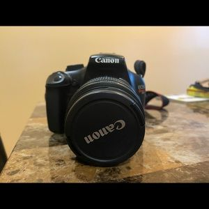 Canon Rebel T3 SOLD